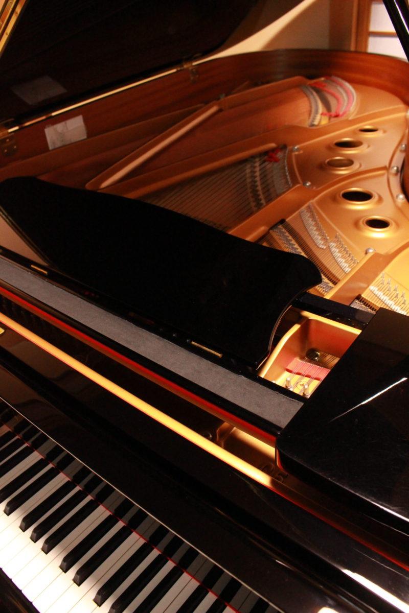 新しいピアノ!!